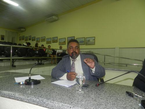 BRUMADO: Vereador José Carlos de Jonas critica duramente o atendimento no Hospital