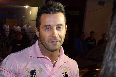 Marcos Oliver é preso sob acusação de não pagar pensão da filha