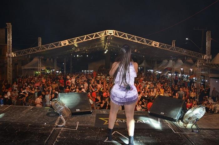 Presidente Jânio Quadros comemora 57 anos com vários shows na Praça da Rodoviária