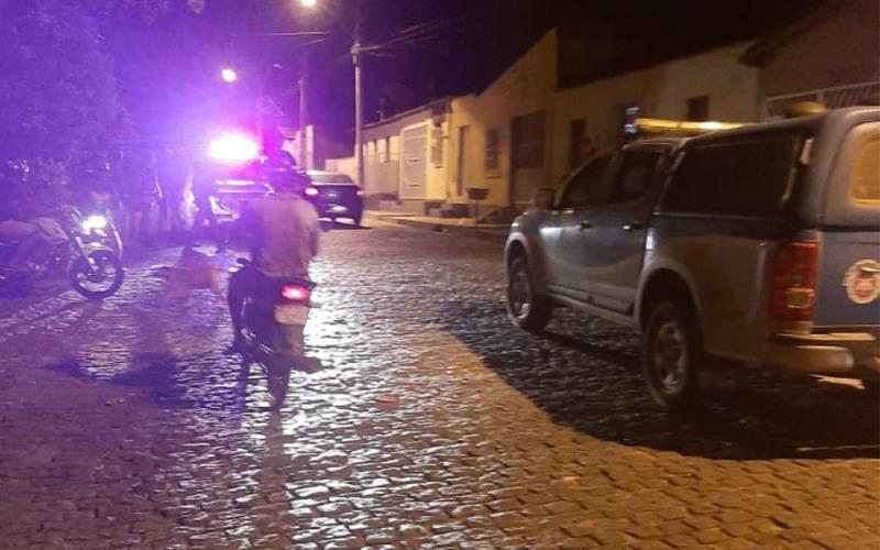 Homicídio: Jovem é morto com vários  tiros em Brumado na noite desta segunda-feira