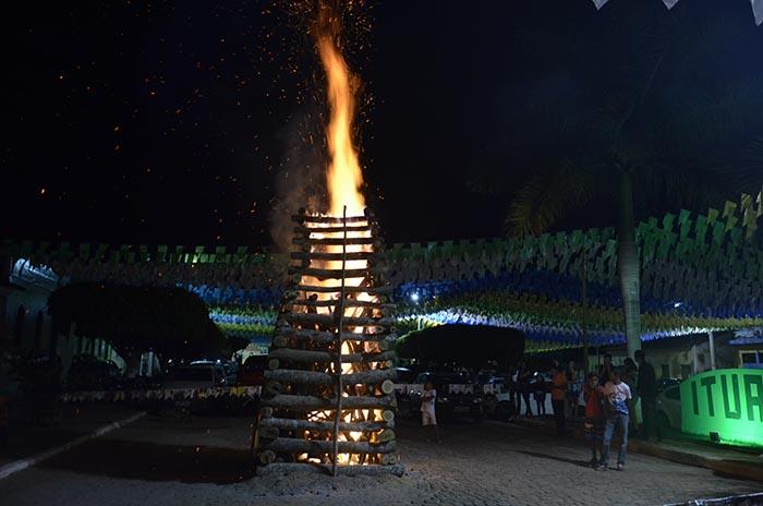 A exemplo de outros municípios; Ituaçu, Barra da Estiva e Ibicoara também cancelam festejos juninos