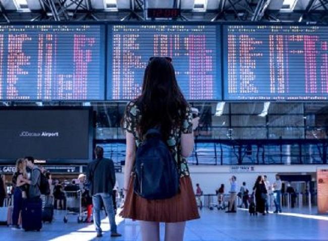 Ministério da Saúde recomenda que viajante internacional fique em casa por 7 dias após chegar ao Brasil