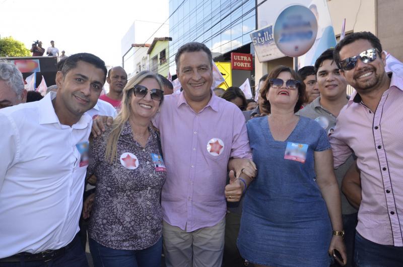 Prefeita de Malhada de Pedras participa de ato de campanha com Rui Costa em Brumado