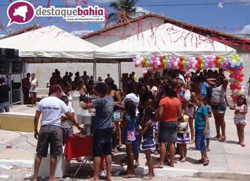 Grupo comunitário do Bairro Dr. Juracy realiza uma grande festa para comemorar o dia das crianças