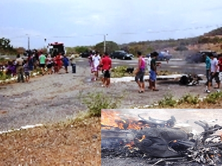 Moto pega fogo após acidente no trevo de Mutans