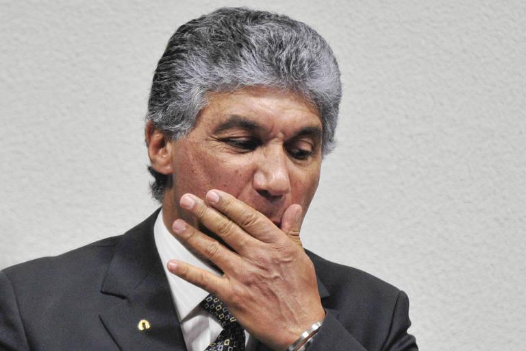 Paulo Vieira guardava dinheiro em parede falsa, diz doleiro