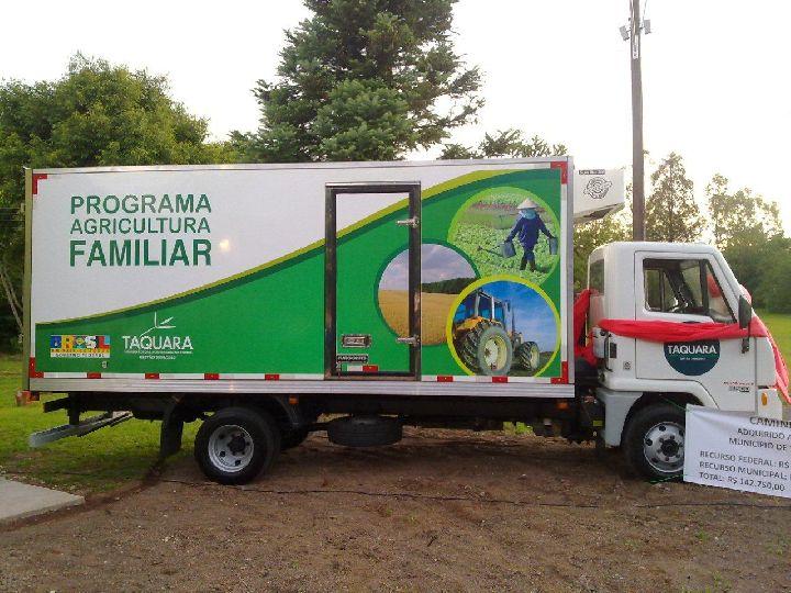 Presidente Jânio Quadros e Caculé receberão veículos para agricultura familiar