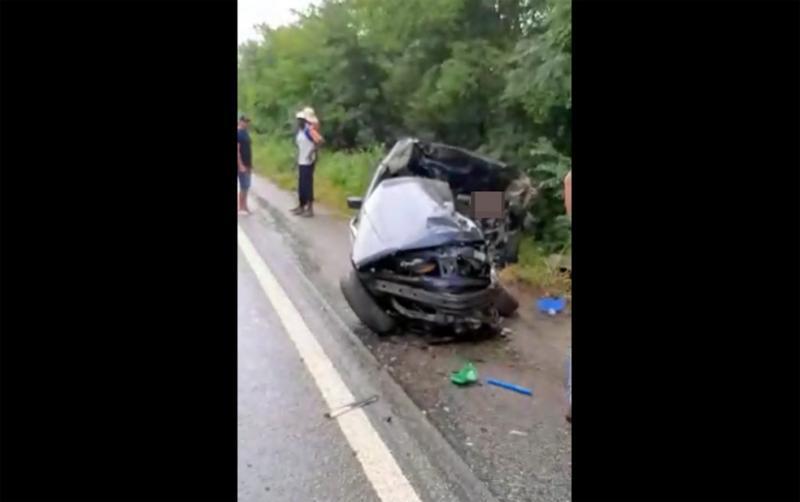 Quatro pessoas morrem após carro colidir contra caminhão entre Caetité e Brumado