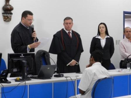 Macaúbas: Réu pega 22 anos e 6 meses de pena por ser mandante do crime do próprio filho para livrar-se de pagar pensão de R$ 40.