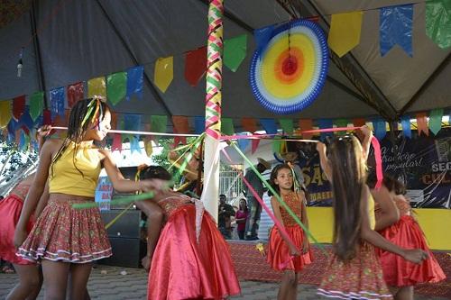 Secretaria de educação de Maetinga realiza Arraiá da Tradiçoes