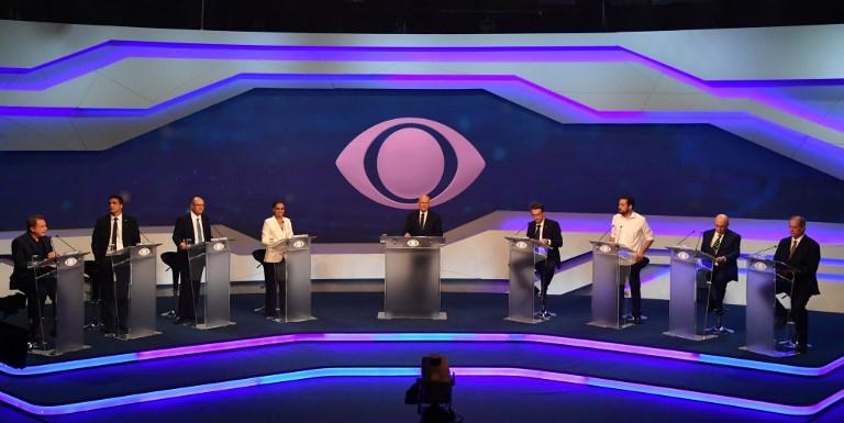 Em debate presidencial morno, candidatos evitam confrontos