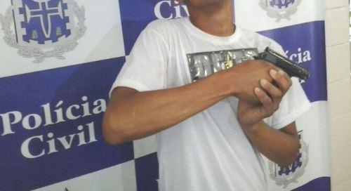 Jovem é preso com arma de brinquedo e disse que iria realizar assaltos