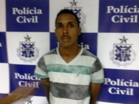 Polícia prende acusado de matar homem no Hospital Clériston Andrade