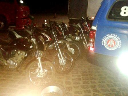 Motos roubadas em Brumado, e outras cidades do interior são recuperadas pela PM