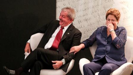 Dilma e Lula intensificam viagens à Bahia de olho no pleito de 2014