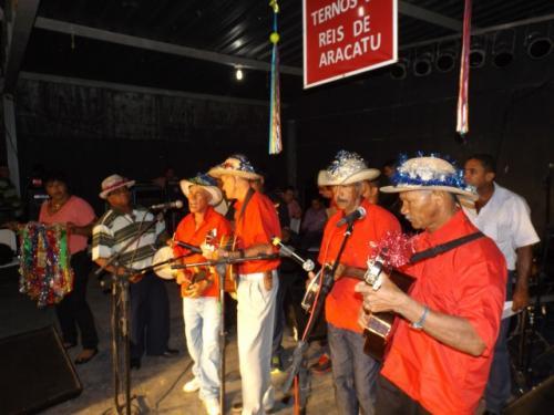 Festival de Terno Reis foi realizado em Aracatu e mais uma vez prestigiado por uma multidão