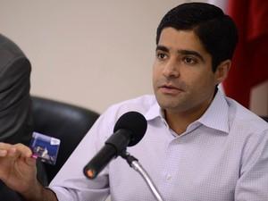 ACM Neto anuncia Carnaval com lucro em Salvador