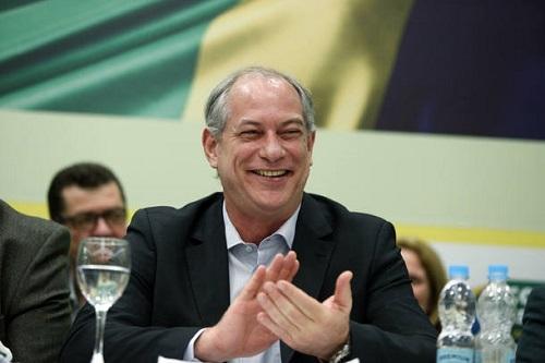 'Ninguém vai sair de paletó limpinho' da eleição, diz Ciro