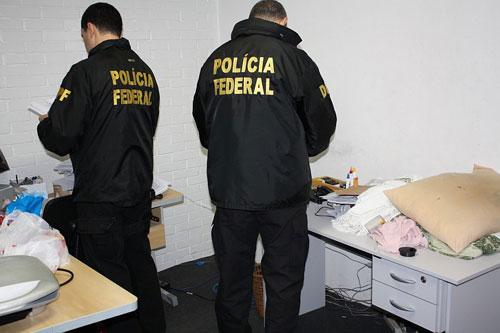 Polícia Federal realiza operação contra pornografia infantil