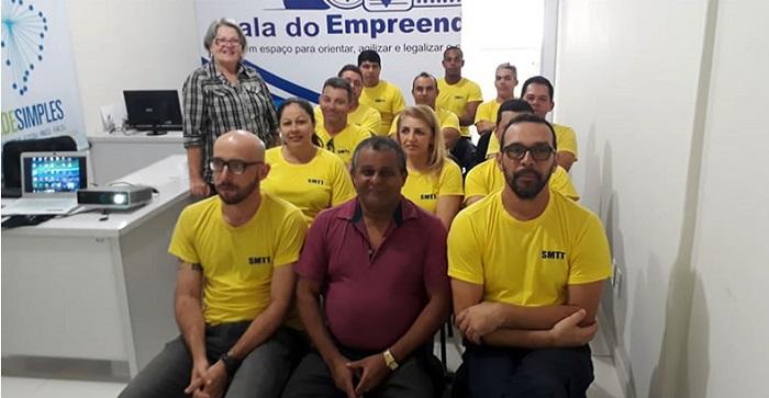 Equipe de Agentes de Trânsito recebem treinamento da Prefeitura de Brumado, por meio da SMTT