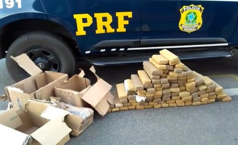 Polícia apreende 127 kg de maconha na BR-116 em Jequié