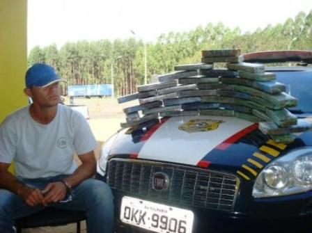 Encruzilhada: PRF apreende 50 kg de maconha