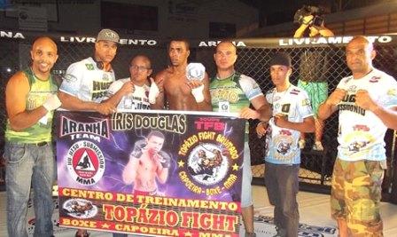 Lutador brumadense vence por nocaute em luta de MMA