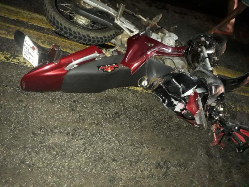 Acidente envolvendo motocicleta e automóvel em Ibiassucê deixa duas vítimas fatais