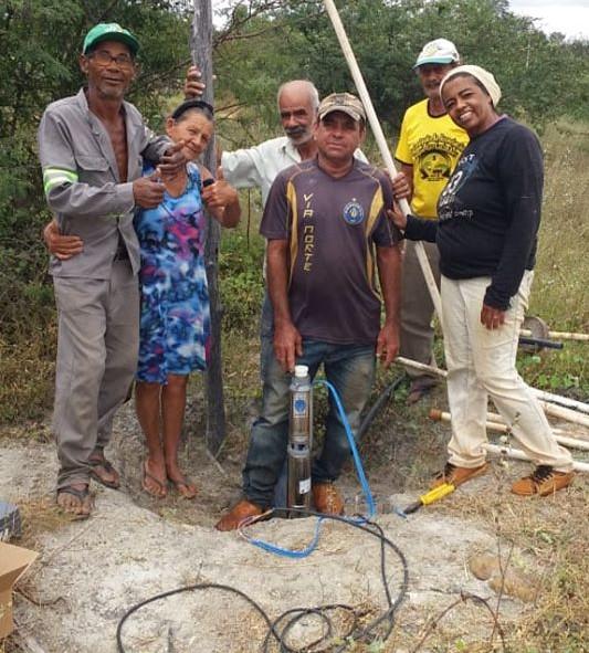 Malhada de Pedras: Prefeitura leva água à Lagoa das Cacimbas