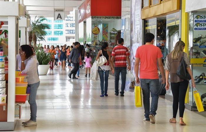 Vendas do varejo sobem 0,1% de julho para agosto