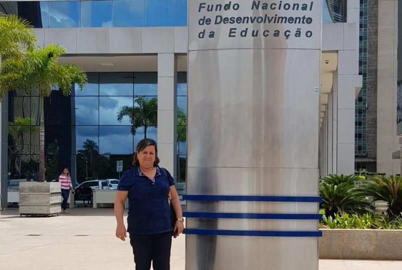 Prefeita reivindica investimentos do FNDE para Aracatu