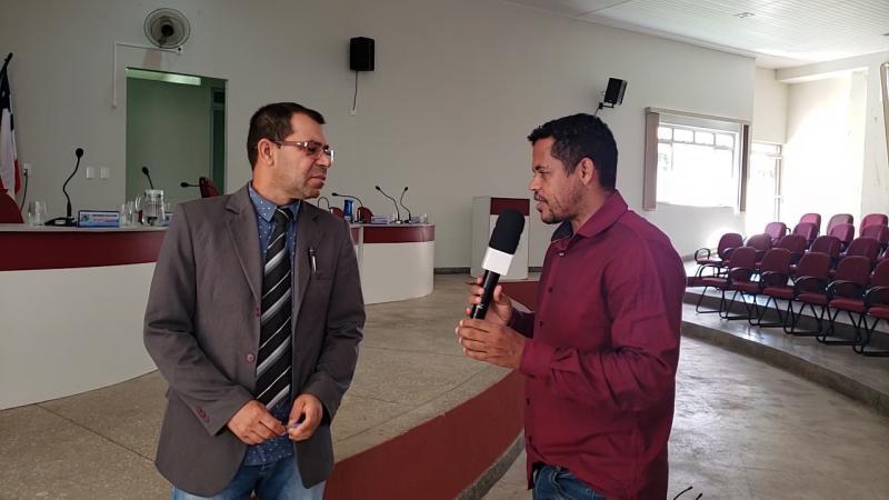 Vídeo: Câmara de vereadores de Rio do Antônio retorna as atividades com mais uma polêmica, veja a reportagem