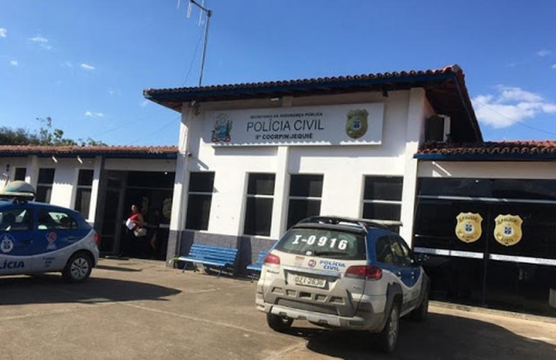 Sudoeste da Bahia: Mulher acusada de mandar matar o pai para herdar fazenda é presa mais de 22 anos após crime