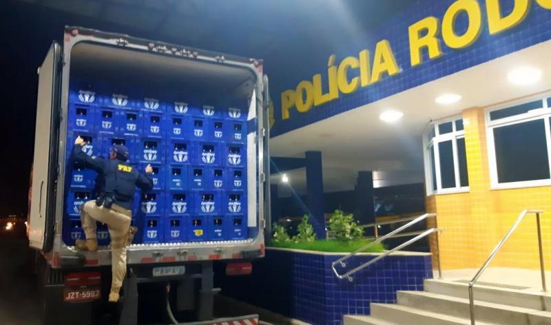 Vitória da Conquista: Quase 18 mil litros de cerveja são apreendidos por sonegação fiscal na BR 116