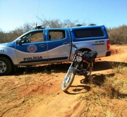 Policia Militar recupera motocicleta roubada