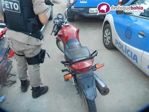 Moto Utilizada em diversos assaltos é recuperada pelos militares do PETO