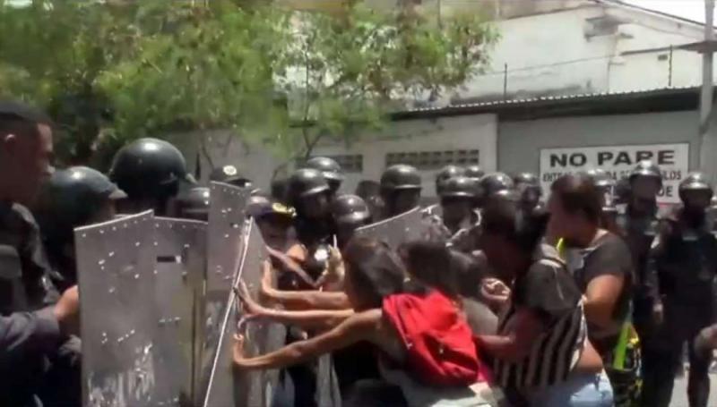 Rebelião em prisão da Venezuela deixa 68 mortos