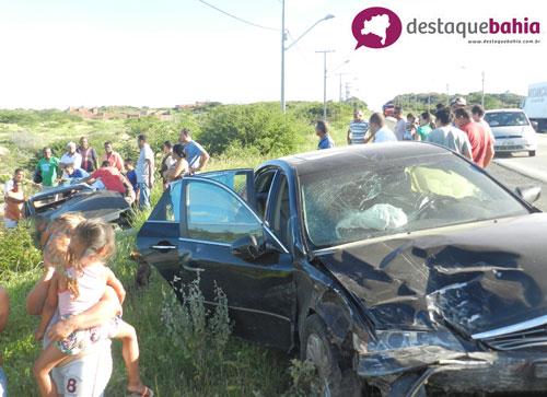 Grave acidente envolvendo dois veículos deixa uma vítima fatal