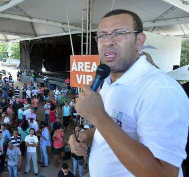 Líder da greve da PM, Marco Prisco é preso pela Polícia Federal