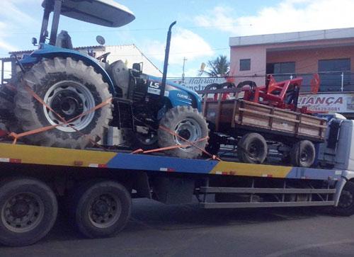 Produtores rurais serão beneficiados com trator e equipamentos agrícolas