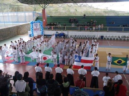 Equipe brumadense de karatê  Dô Tradicional é campeã da XII Copa Sesc e Aska Sudoeste em Vitória da Conquista