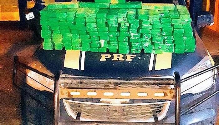 Quase 100 Kg de maconha são apreendidos pela PRF