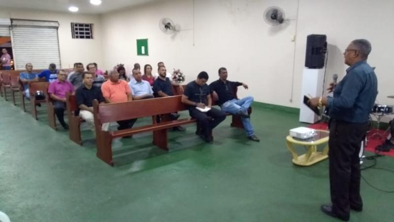 Programação do Dia do Evangélico é discutida durante reunião da OMESB; evento terá Som e Louvor