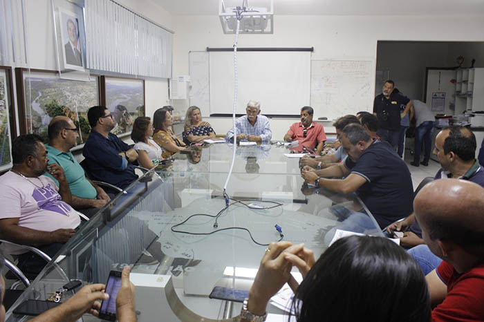 Prefeito de Brumado assina ordem de serviços do macroprojeto de pavimentação