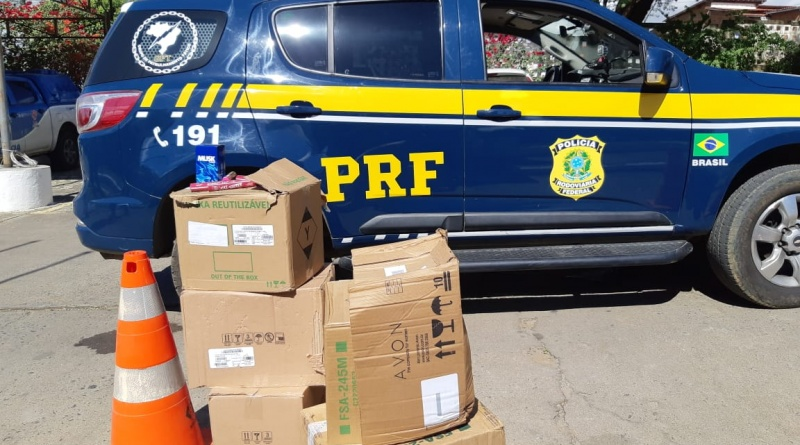 PRF prende duas pessoas por saque de carga de caminhão tombado na BR 116