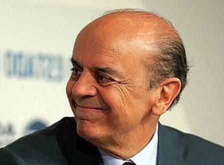 José Serra está internado no Hospital Sírio-Libanês