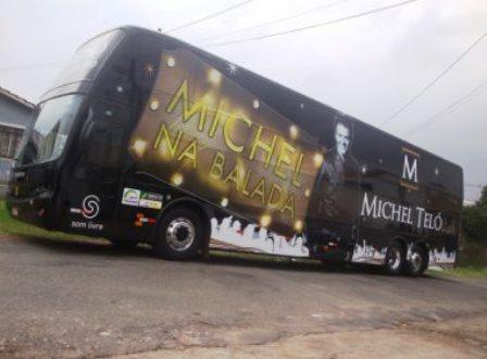 Ônibus com banda de Michel Teló é apreendido em Salvador
