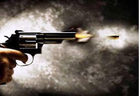 Irecê: Homem é alvejado com um tiro na cabeça o suspeito do disparo é o próprio filho de 14 anos