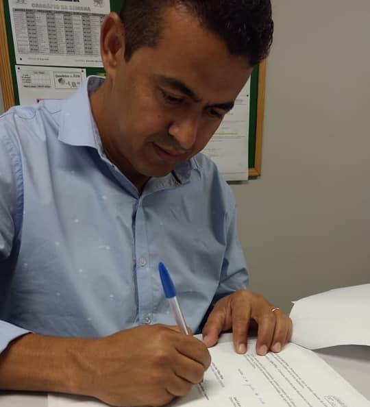 Prefeito de Guajeru cumpre agenda em Salvador em busca de benefícios para o município