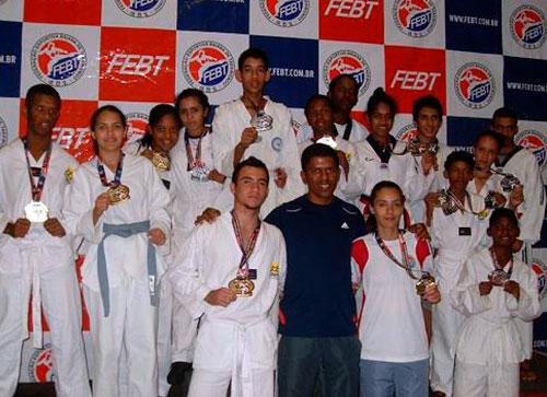 Caetité se destaca no Campeonato Baiano de Taekwondo